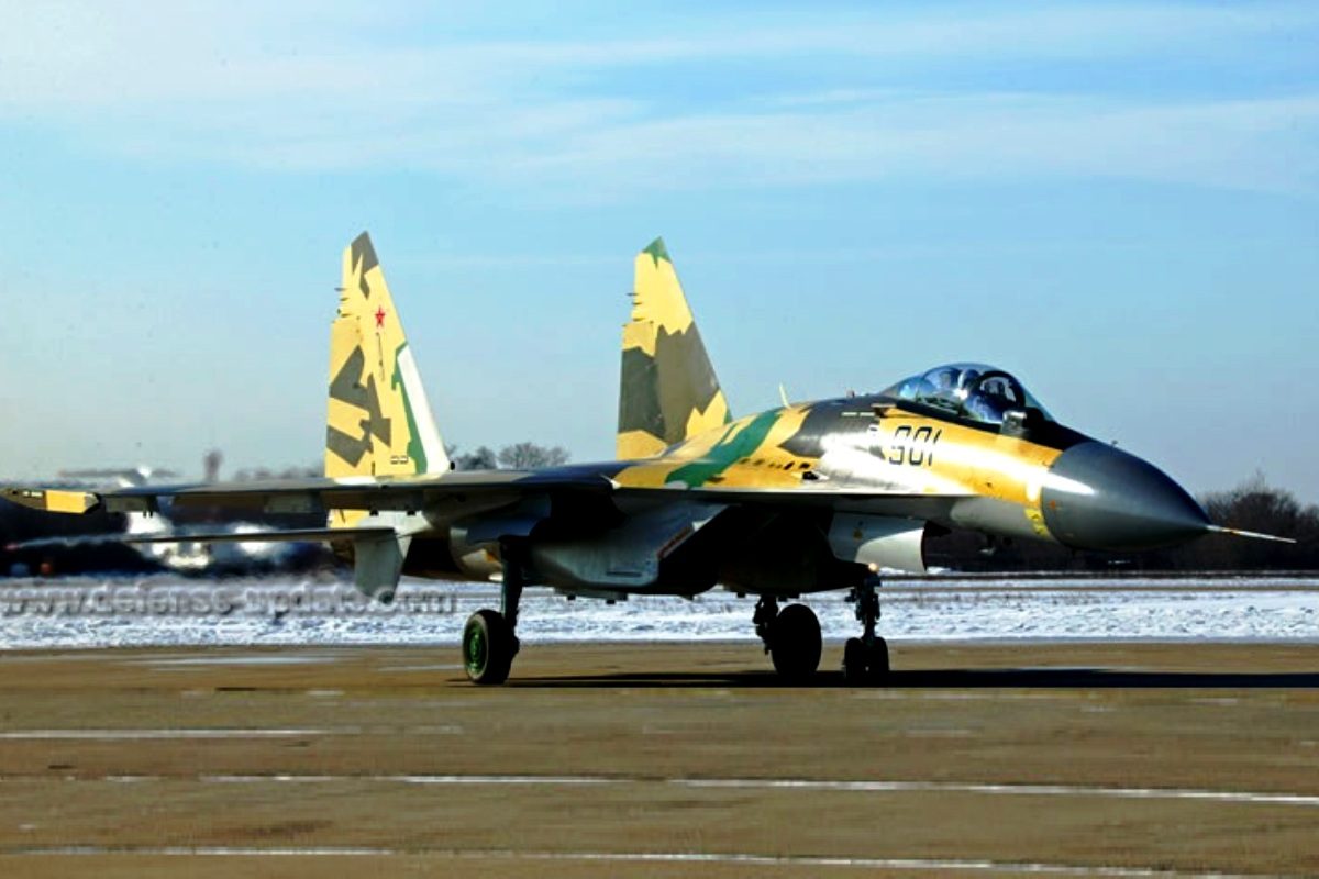 Sukhoi Su-35 Flanker-E Jet Tempur 4