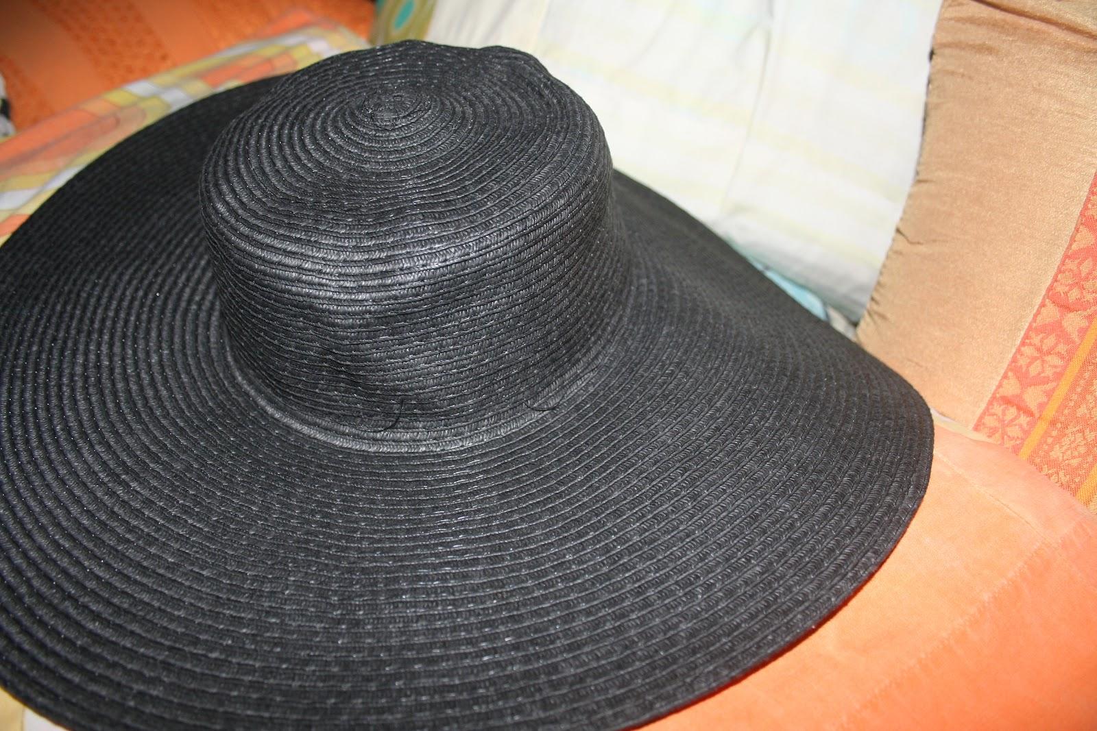 Black Floppy Hat - PHP 100-PHP 150 (Boracay) 3bcd3a5e94