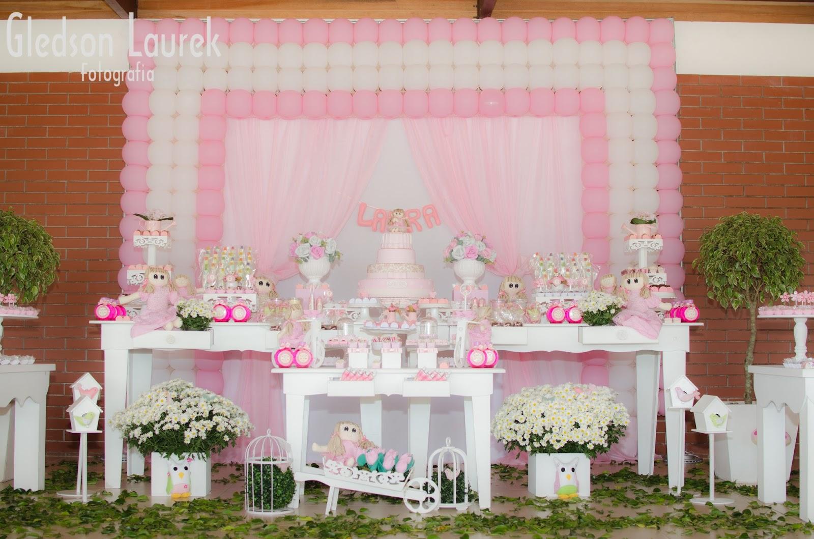 #4E5C20 decoracao bonecas no jardim:Festa Infantil por Rozangela Mazur: Jardim  1600x1059 px tamanho banheiro adaptado