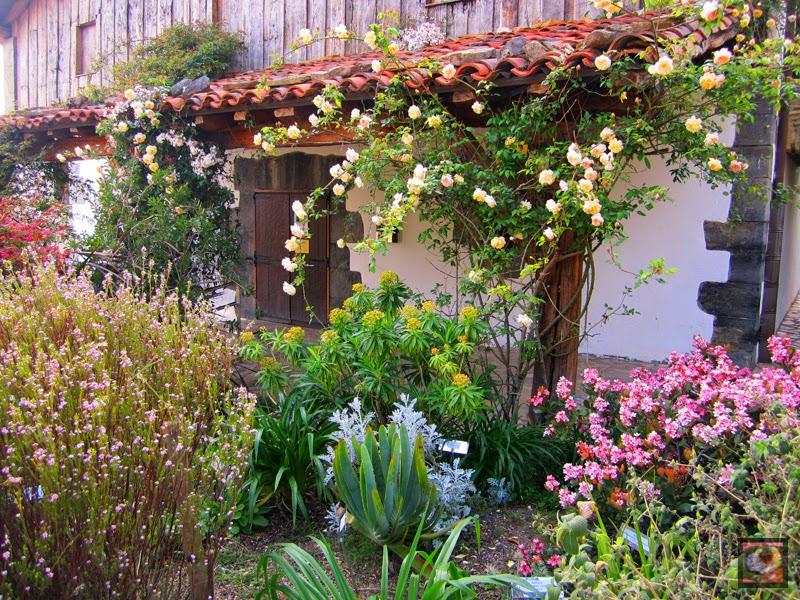 Caserío del Jardín Botánico Iturraran