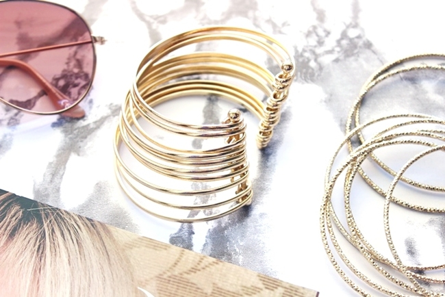 H&M gold accessories.H&M gold bracelets set.H&M gold bangle.H&M zlatne narukvice set.