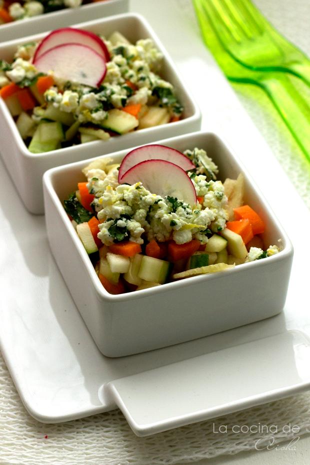 ensalada-primaveral-feta-limon-cilantro