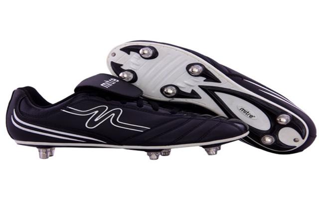 Sepatu Soccer produk Mitre dapat dibeli melalui mitre.co.id situs belanja online perlengkapan futsal dan bola.