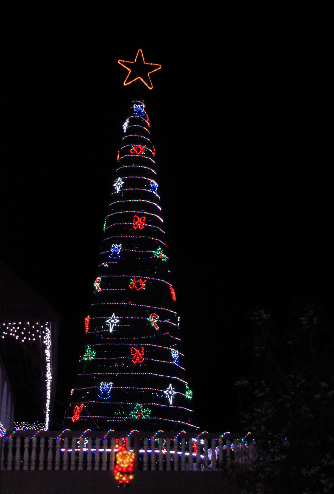 ms nancys tree - Simply Having A Wonderful Christmas Time