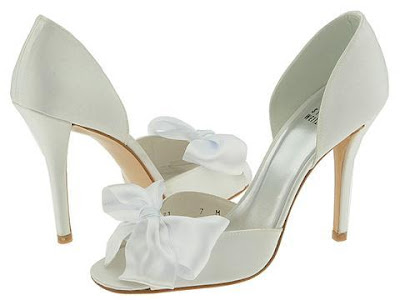 Women white wedding shoes 1
