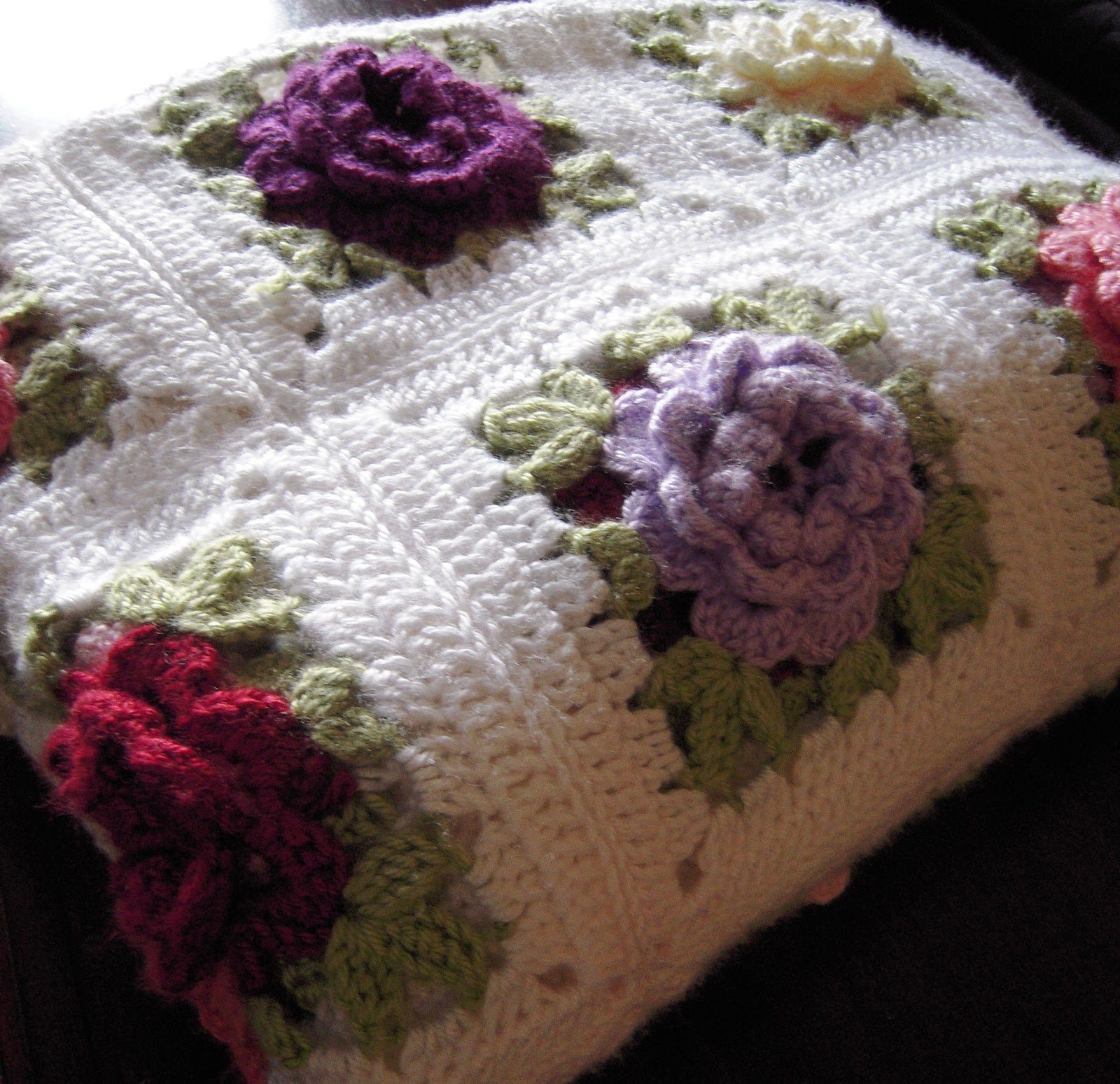 Crochet Rose Afghan Pattern : all wool and a yard wide: Crochet Rose Afghan----Hump Day ...