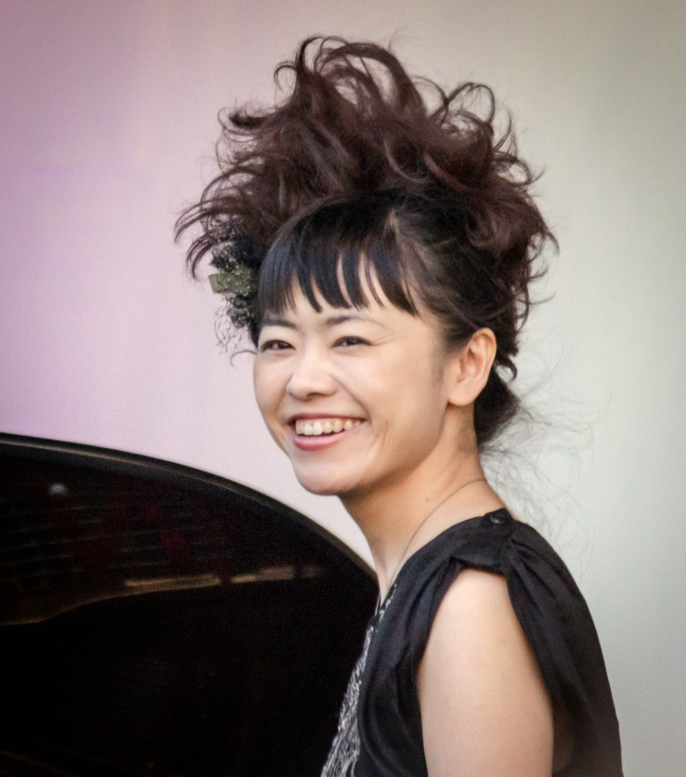 Fats waller tribute albums together with Autumn In New York 2 as well Hiromi Uehara Y Las Profesiones likewise Big Muddy Ashington Jazz Club September additionally Jazz piano. on oscar peterson jazz pianist