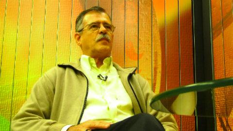 Professor Pedro Ribeiro de Oliveira afirma que Dilma é refém dos religiosos