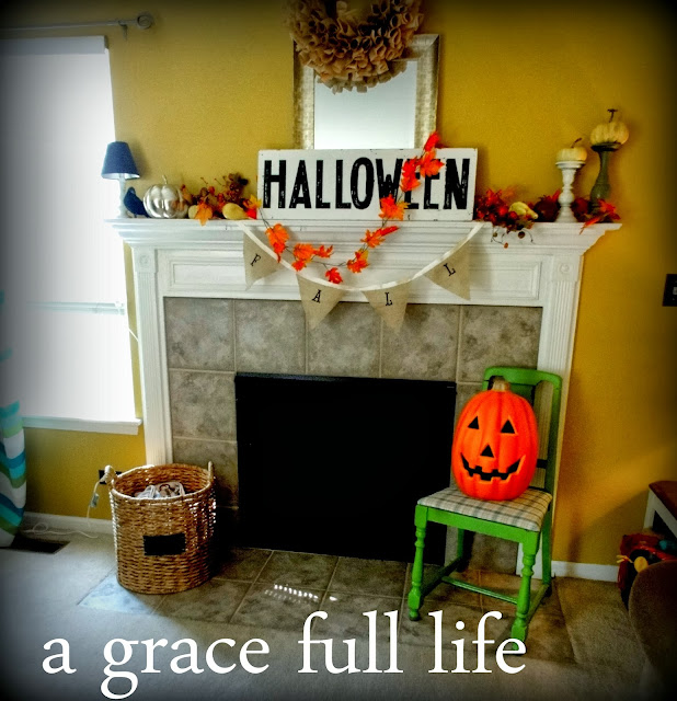 Fall Mantel on the Cheap 2013