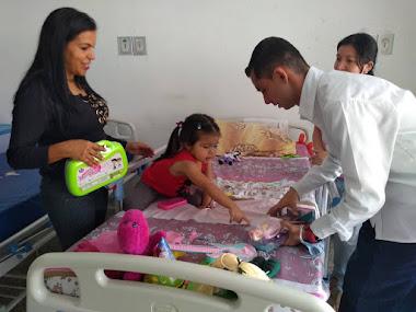 Niños del IAHULA recibieron regalos del CLEBM