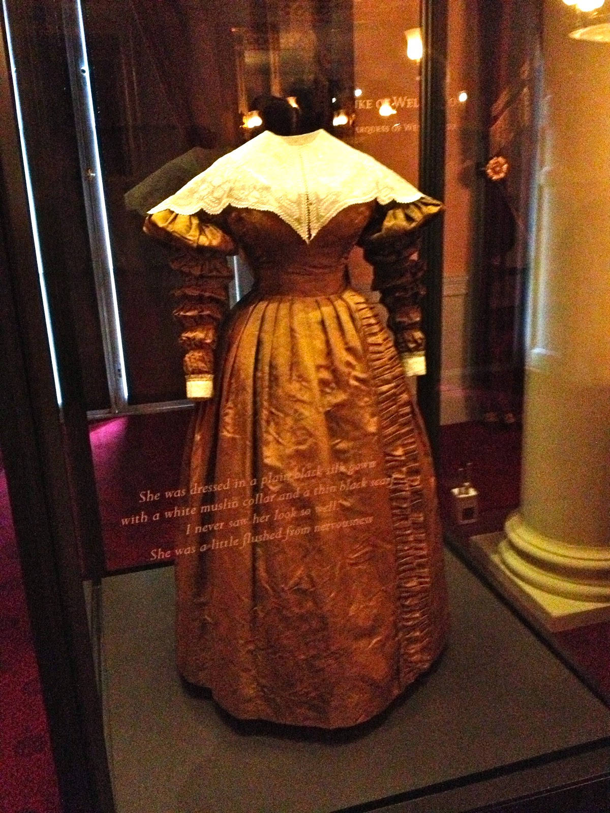 Queen Victoria Wedding Dress Kensington Palace Dressed in Time:...