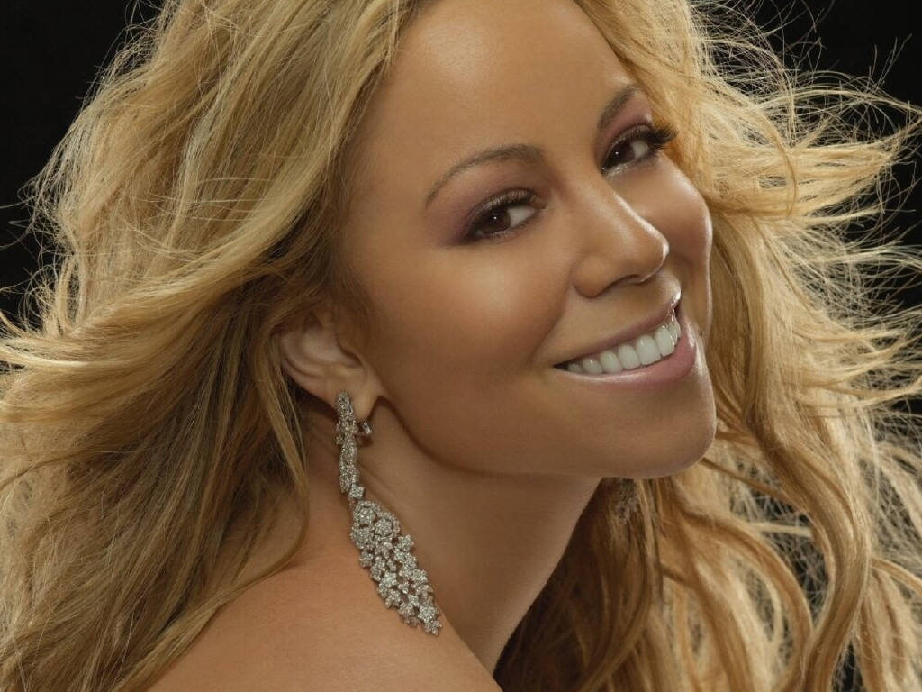Why was Mariah Careys album Charmbracelet so Popular?