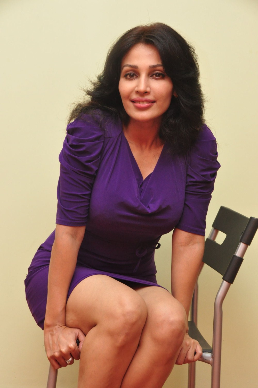 Cute fairy beauty asha saini photo-shoot