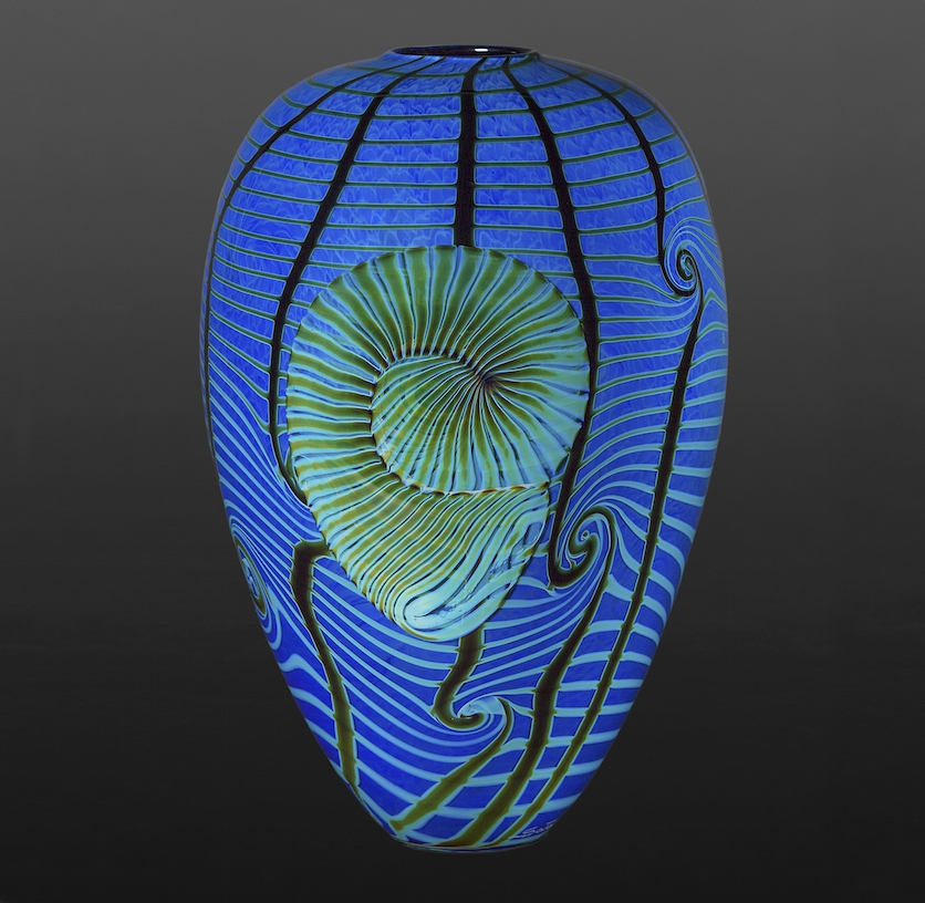 13-Nautilus-Richard-Satava-Glass-Blowing-and-Solid-Forms-with-3D-Shapes-www-designstack-co