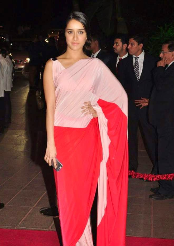 shraddha kapoor at arpita khan wedding reception hd photo