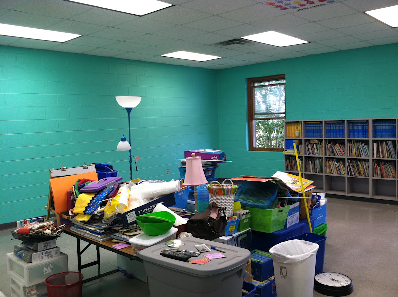 Classroom Decoration Colors ~ Life in first grade new classroom paint color