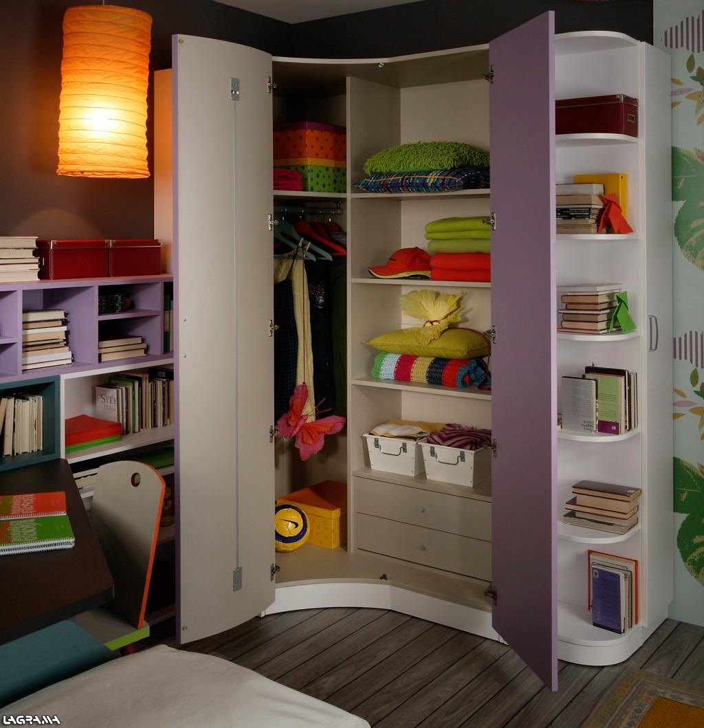 Armarios de rincon for Dormitorios juveniles con armario esquinero