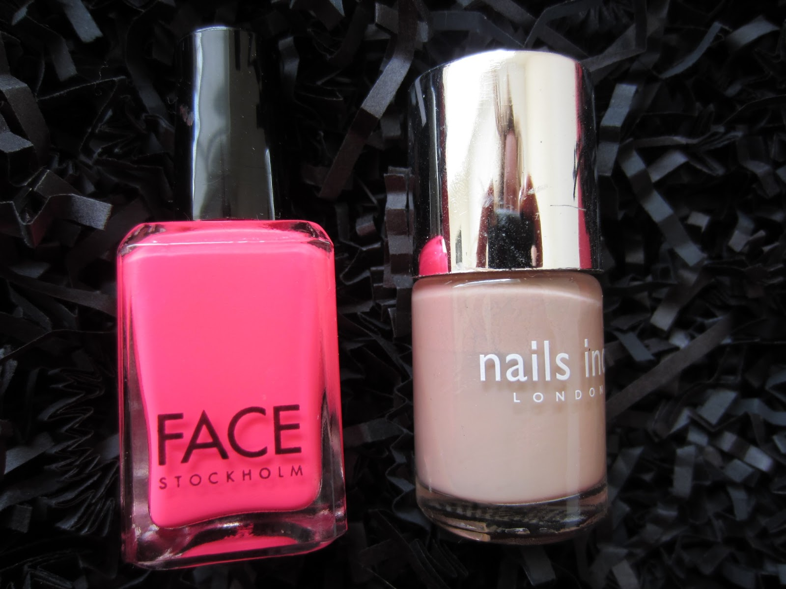 NailsByNumbers: Nude and Neon! Fishnet Stamping Nails