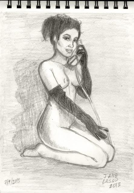 Desnudo artístico de mujer hablando por teléfono