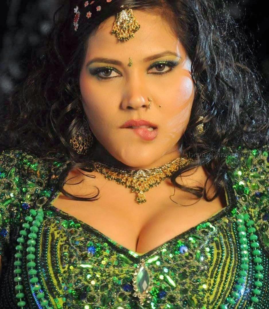 Bhojpuri actress sexy