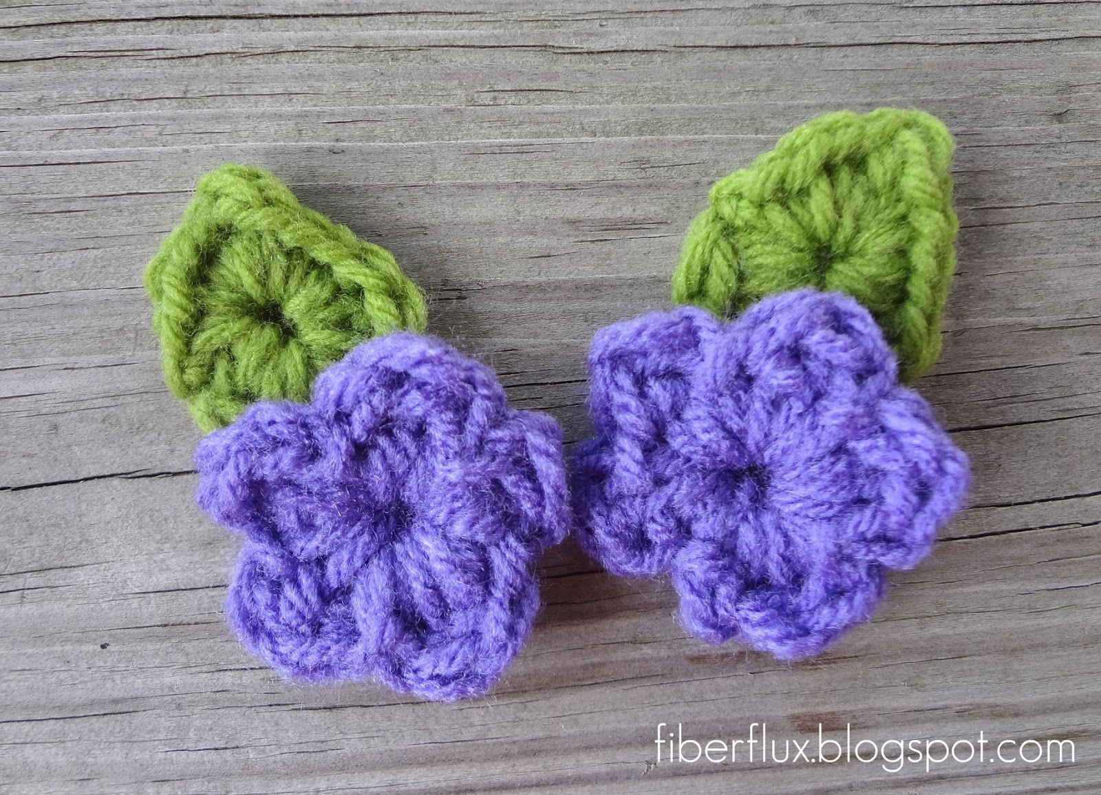 Crochet Patterns Free Leaf : Fiber Flux: Free Crochet Pattern...One Round Leaf (With Stem)