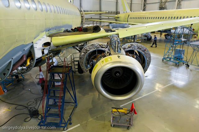 Yuk Intip Pusat Perakitan Pesawat Sukhoi Superjet 100 Di Rusia