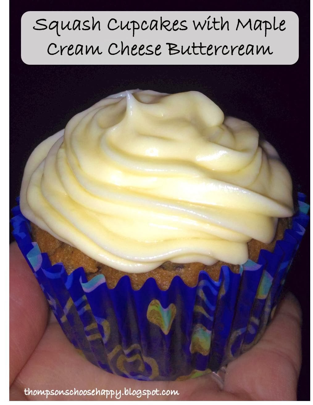 Squash cupcakes with maple cream cheese buttercream icing | Choosing Happy Blog