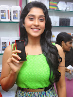 Regina Cassandra photos at B New Mobiles launch-cover-photo