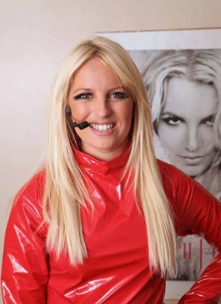 Waitress Michaela Weeks who quit job to be a Britney