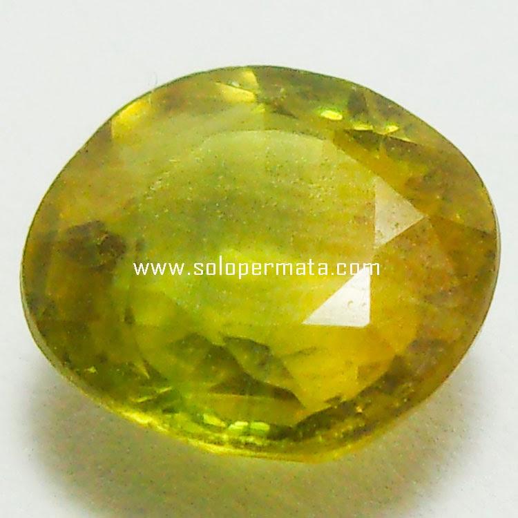 Batu Permata Greenish Yellow Sapphire  - 03B04