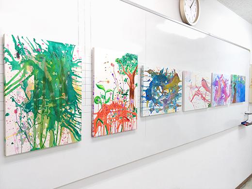 横浜美術学院の中学生教室 美術クラブ 絵の具課題「絵の具のシミから描写しよう!」11