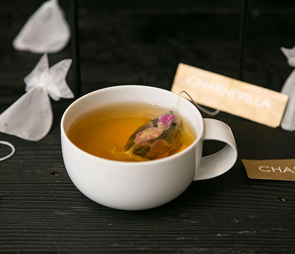 07-Charm-Villa-Take-a-Break-with-a-Goldfish-Tea-Bags-www-designstack-co