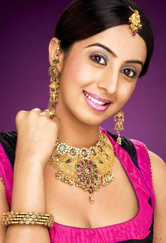 Actress with Jewellery