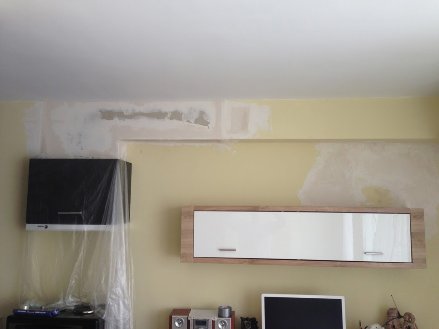 billy le bricoleur installation d 39 une meuble haut avec hotte et coffrage de placo pour cache le. Black Bedroom Furniture Sets. Home Design Ideas
