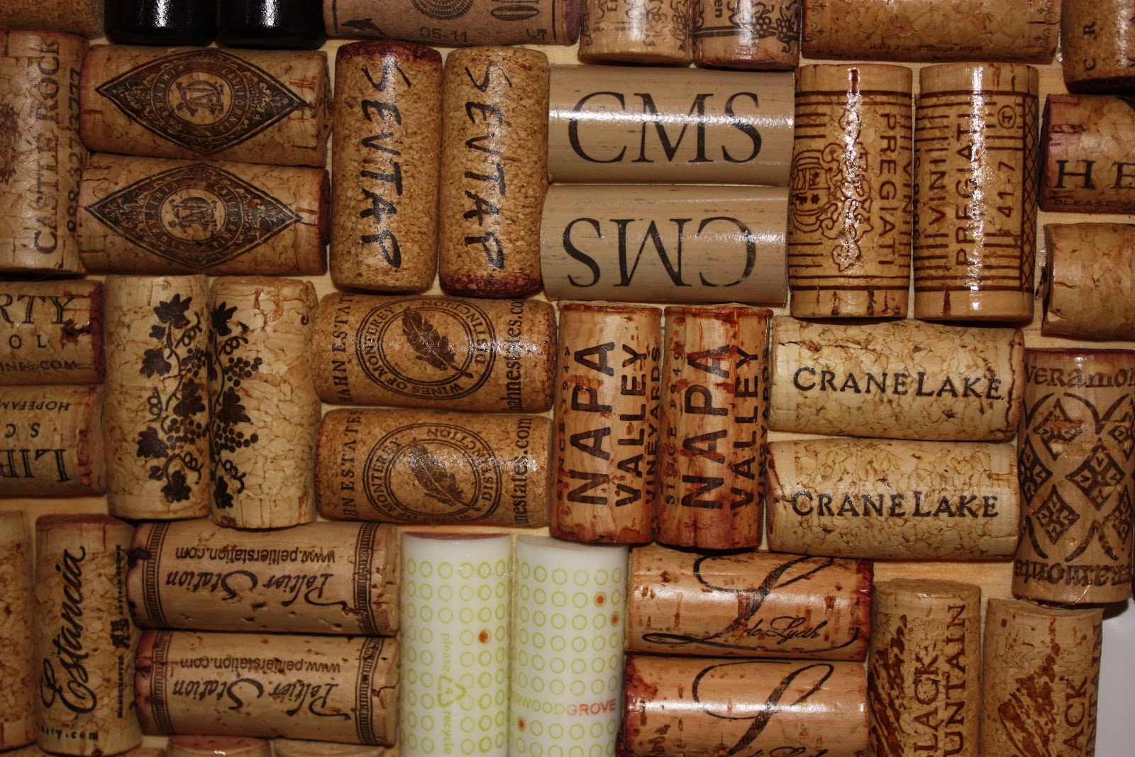 mandy in minneapoland wine cork backsplash