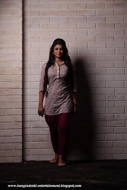 Bangladeshi movie A kemon premer golpo