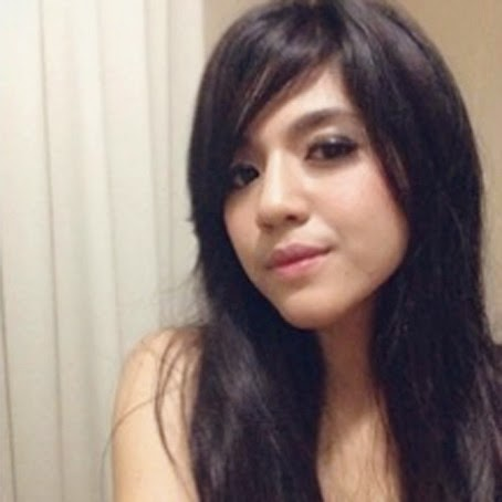 Foto Selfie DJ Una (Putri Una Astari )