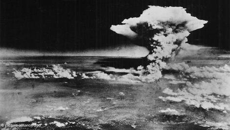 Pengertian dan Sejarah Perang Dunia 2 serta Latar Belakangnya
