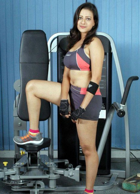 Madalsa Sharma - Madalsa Sharma Gym workout Pics