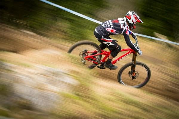 2015 Trek World Racing Stories: Lourdes World Cup
