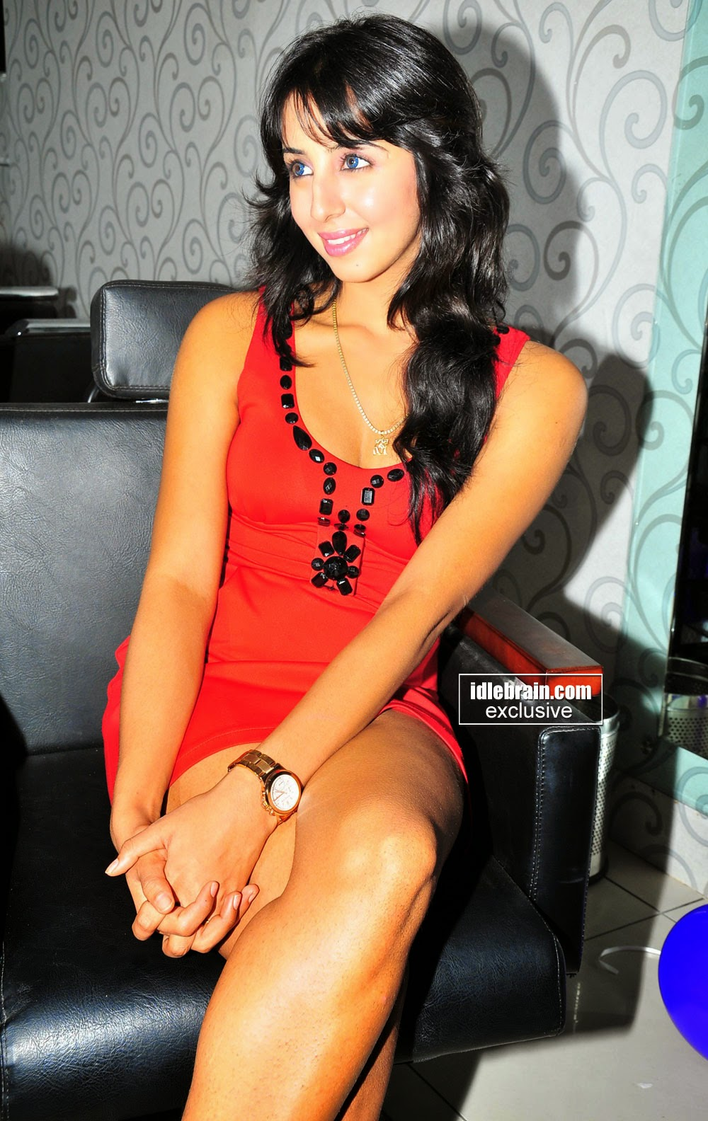sanjana at event