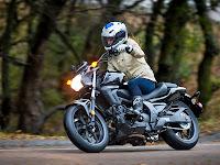 Gambar Motor 1 2014 Honda CTX700N