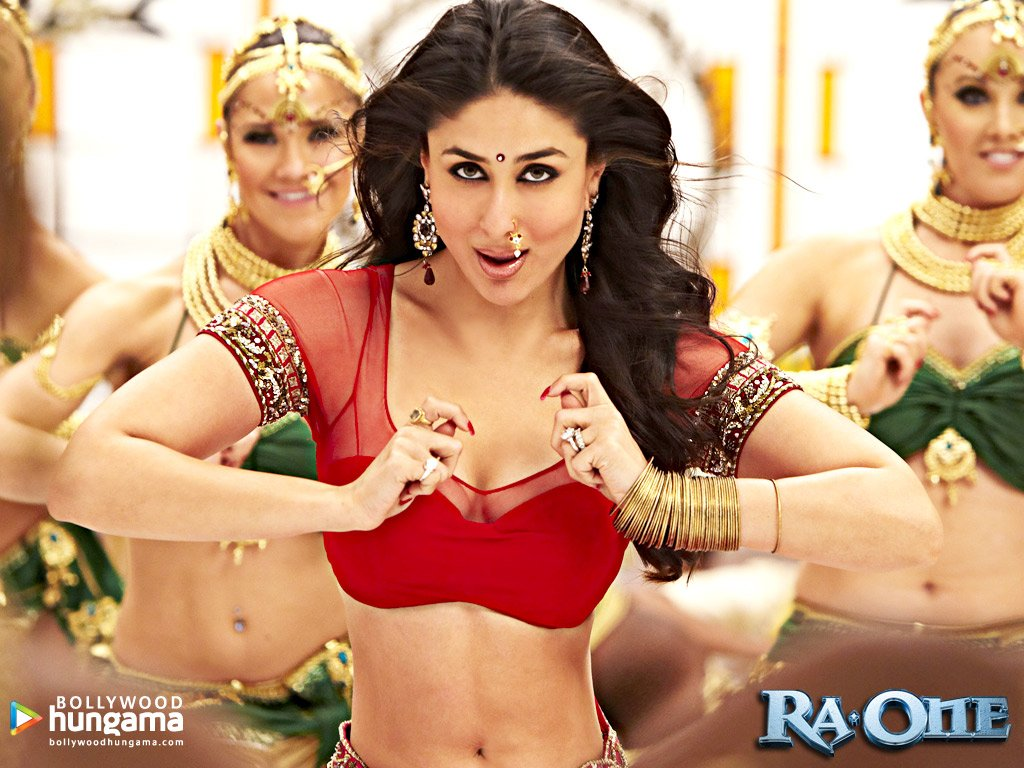 Ra.One Movie HQ Wallpapers Shahrukh Khan Kareena  - kareena in ra one movie wallpapers