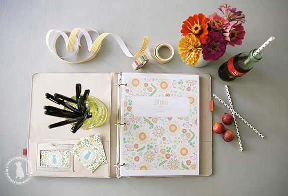 http://www.thehandmadehome.net/2015/06/free-planner-2016/