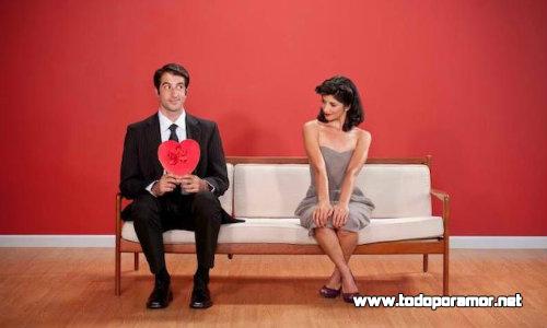 5 momentos incomodos que pueden suceder en tu primera cita