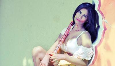 Hot Pics Poonam Pandey Plays Holi