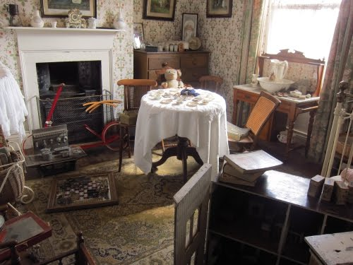 An english travel writer beamish things for Georgian farmhouse interiors