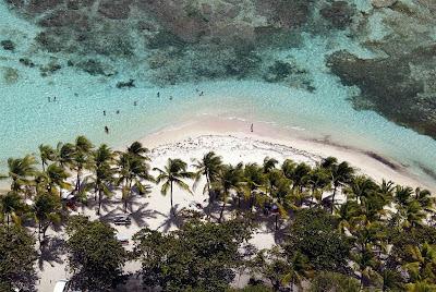 Gambar Pantai di Caribbean Islands