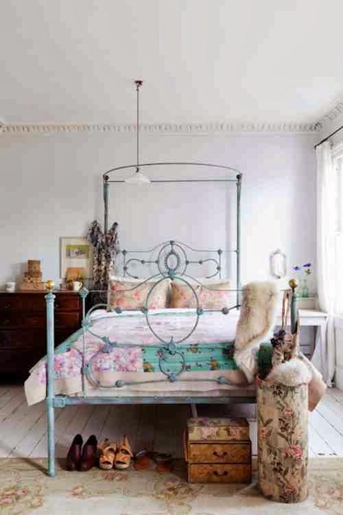 Aranżacja sypialni w stylu angielskim i skandynawskim