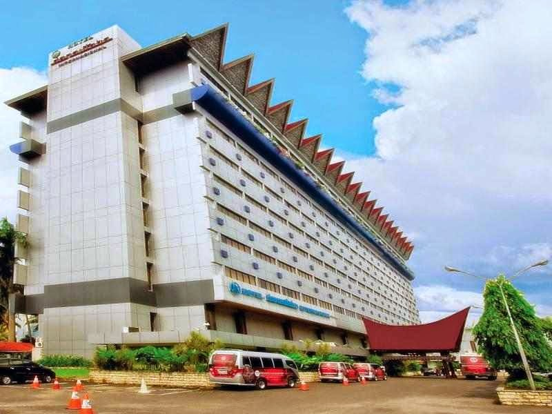 Danau Toba Internasional Hotel